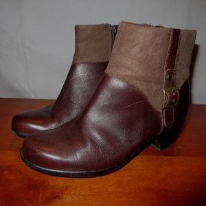 Clarks Bendables Brown Boots Size 6W